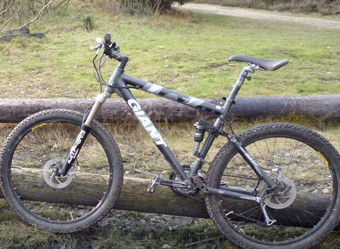A Giant mountain bike, stolen from a roof rack in Boughton Monchelsea