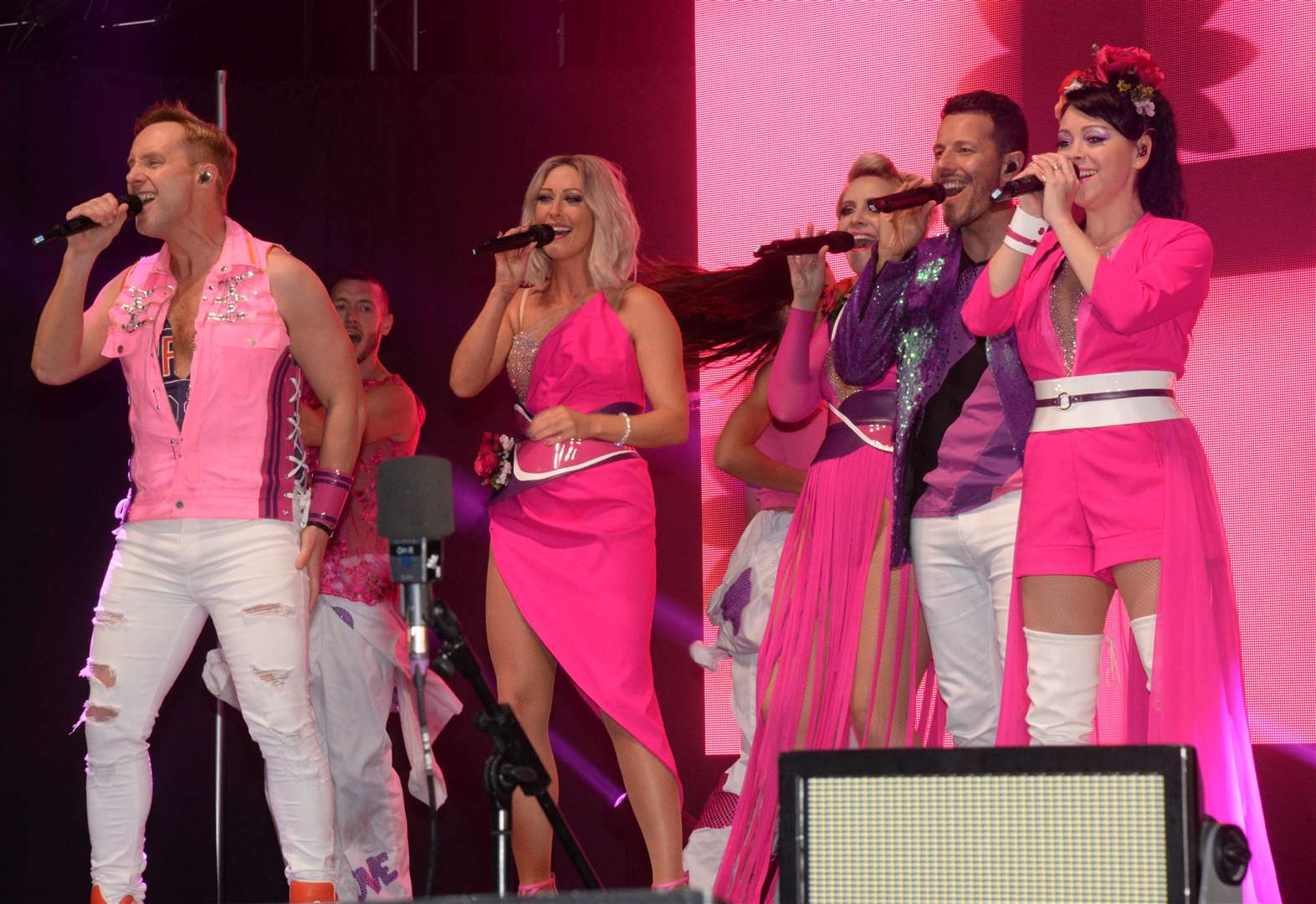 Steps perform reunion tour in Kent