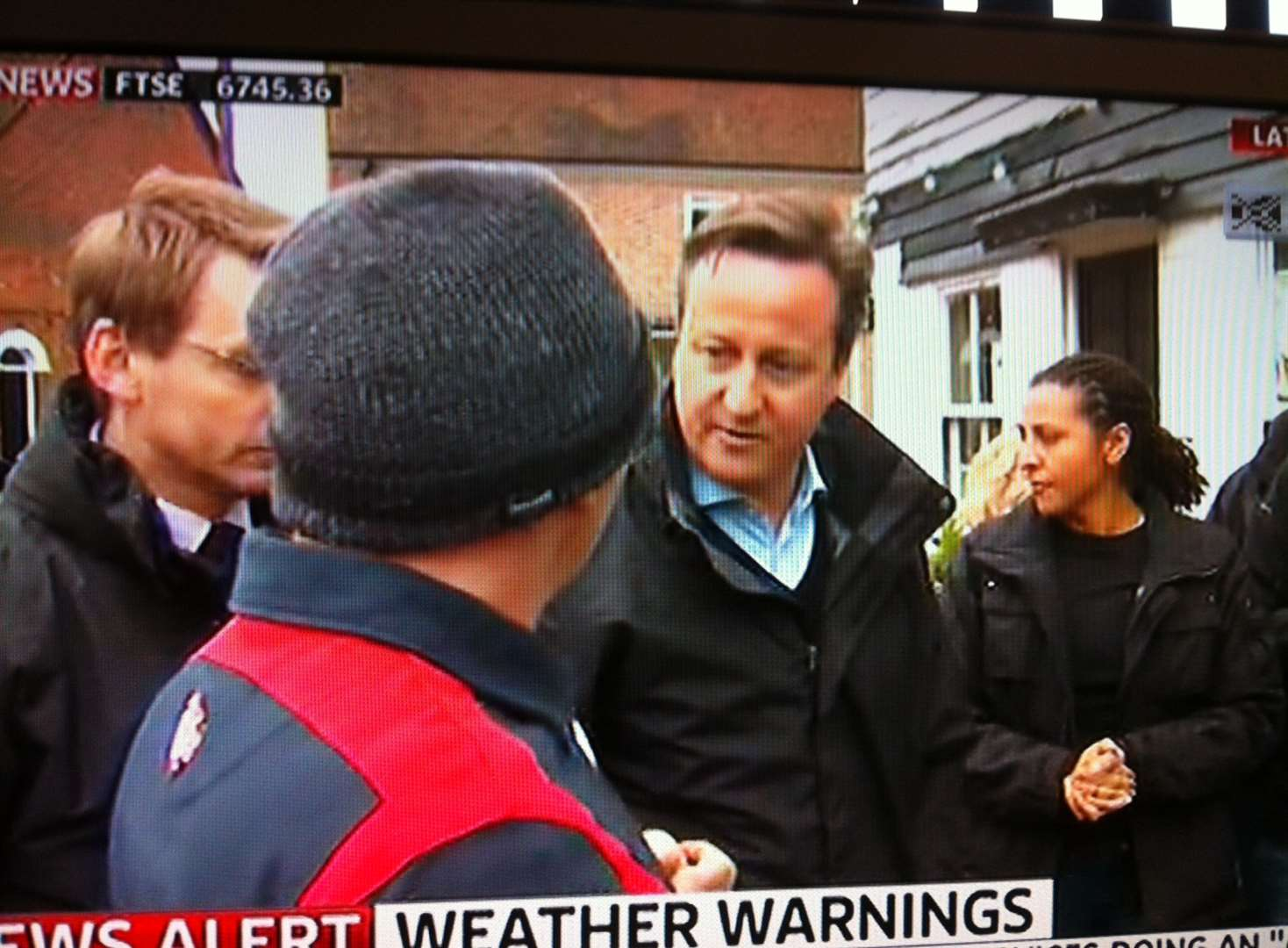 Prime minister visits flood-struck Kent
