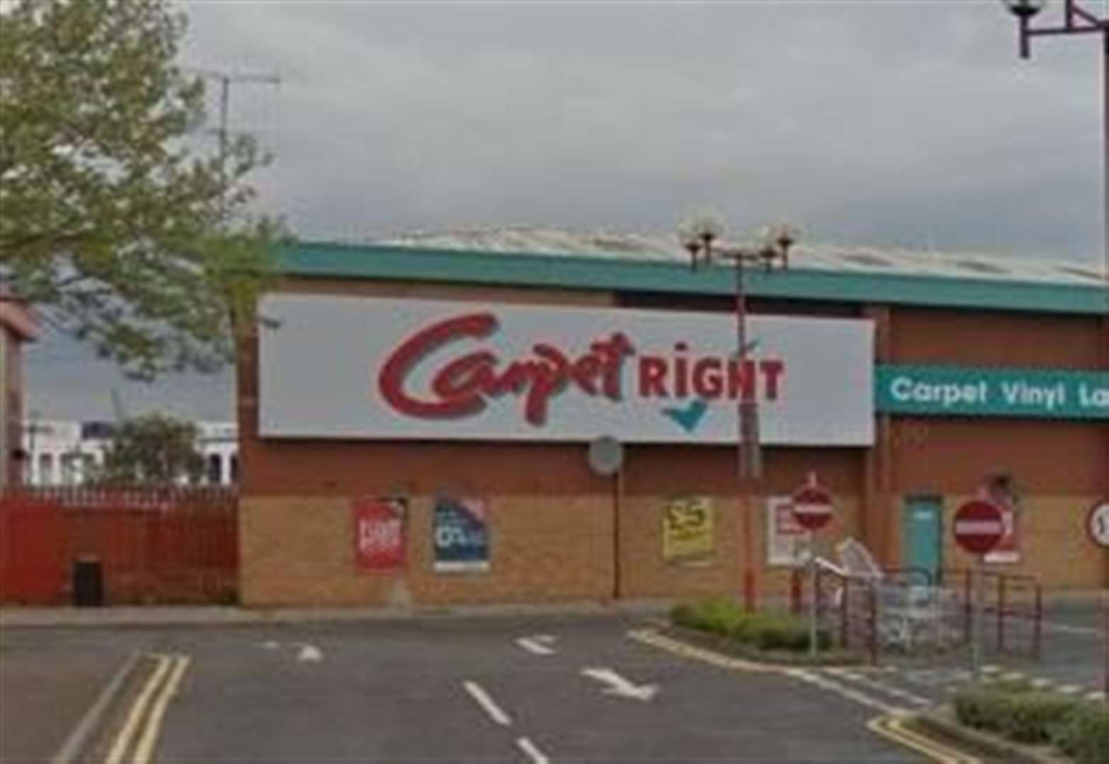 Carpetright to slash jobs and close stores