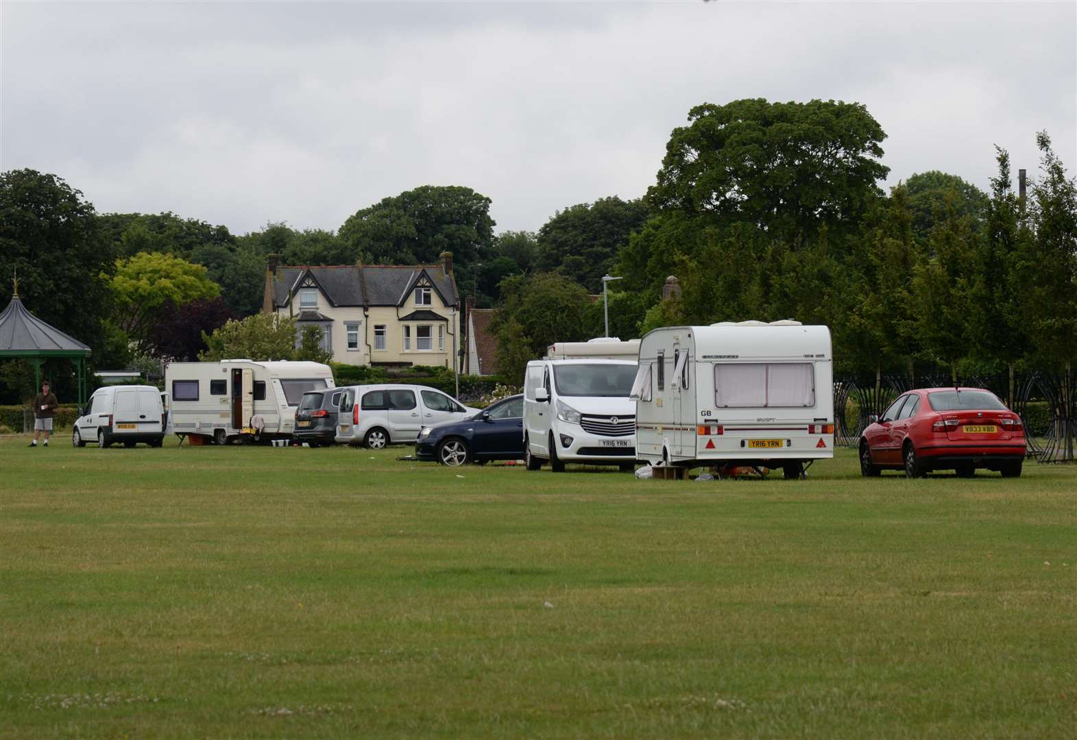'Illegal' travellers face jail