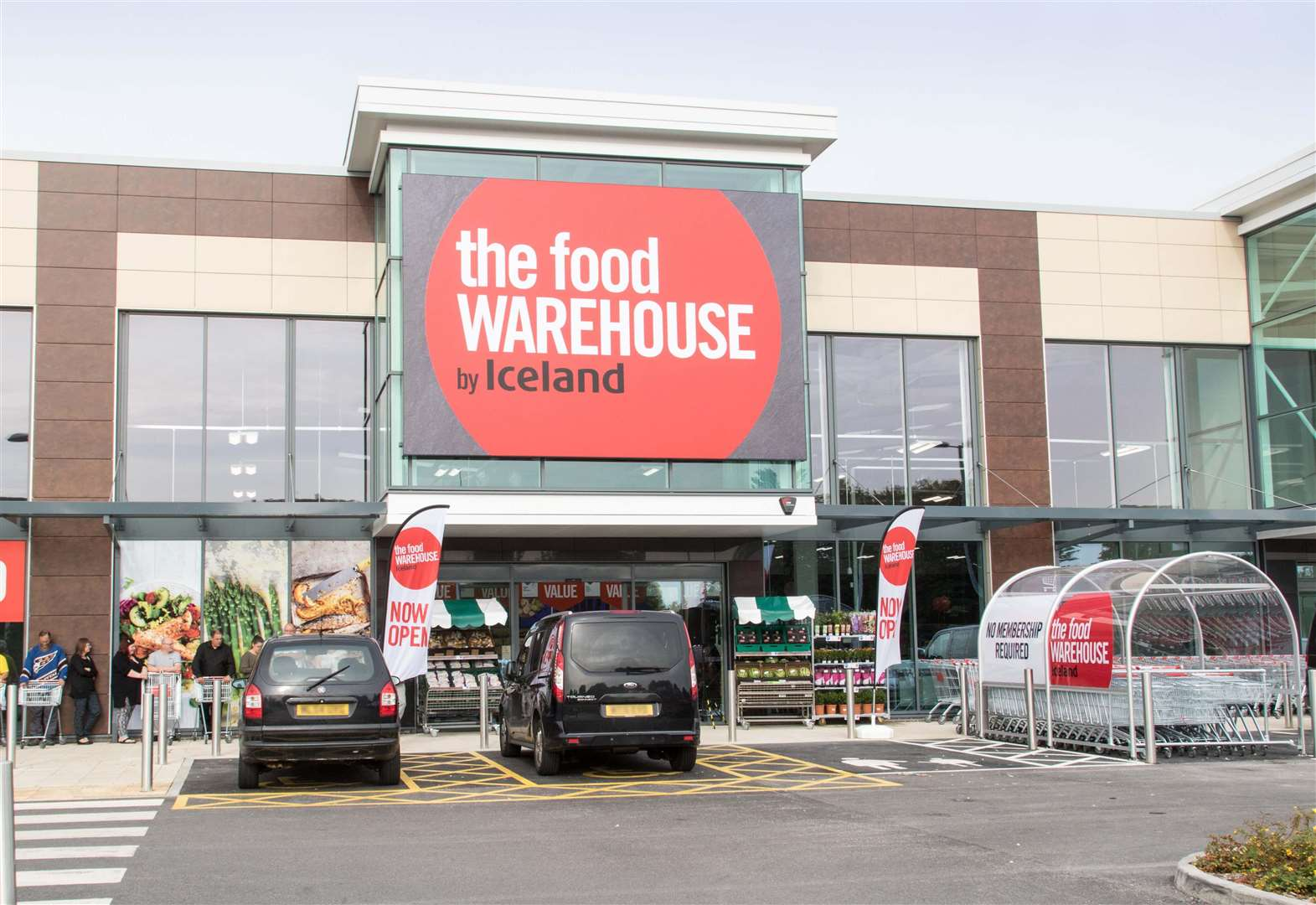 Town prepares to welcome new supermarket