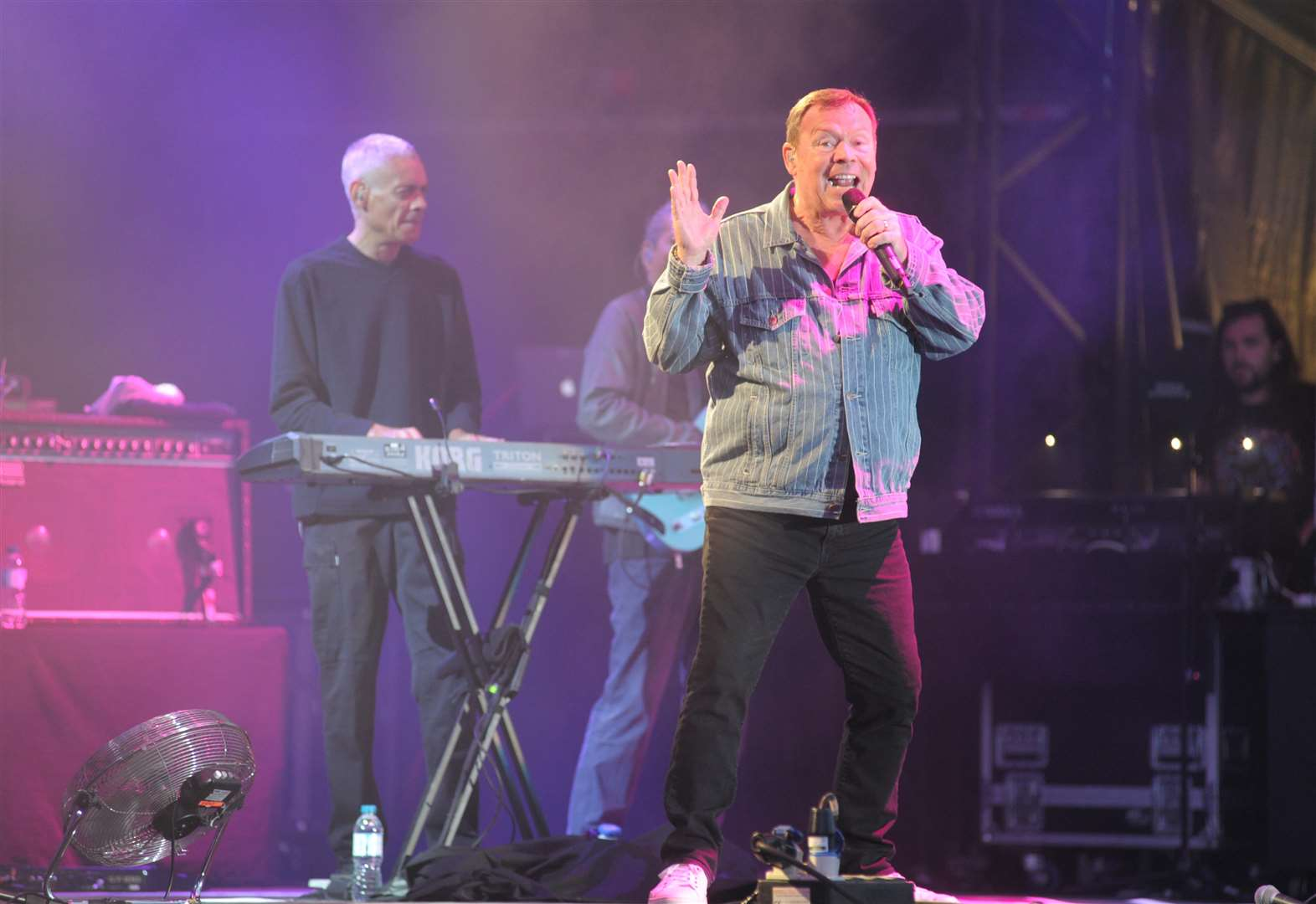 UB40 featuring Ali, Astro and Mickey at castle concerts