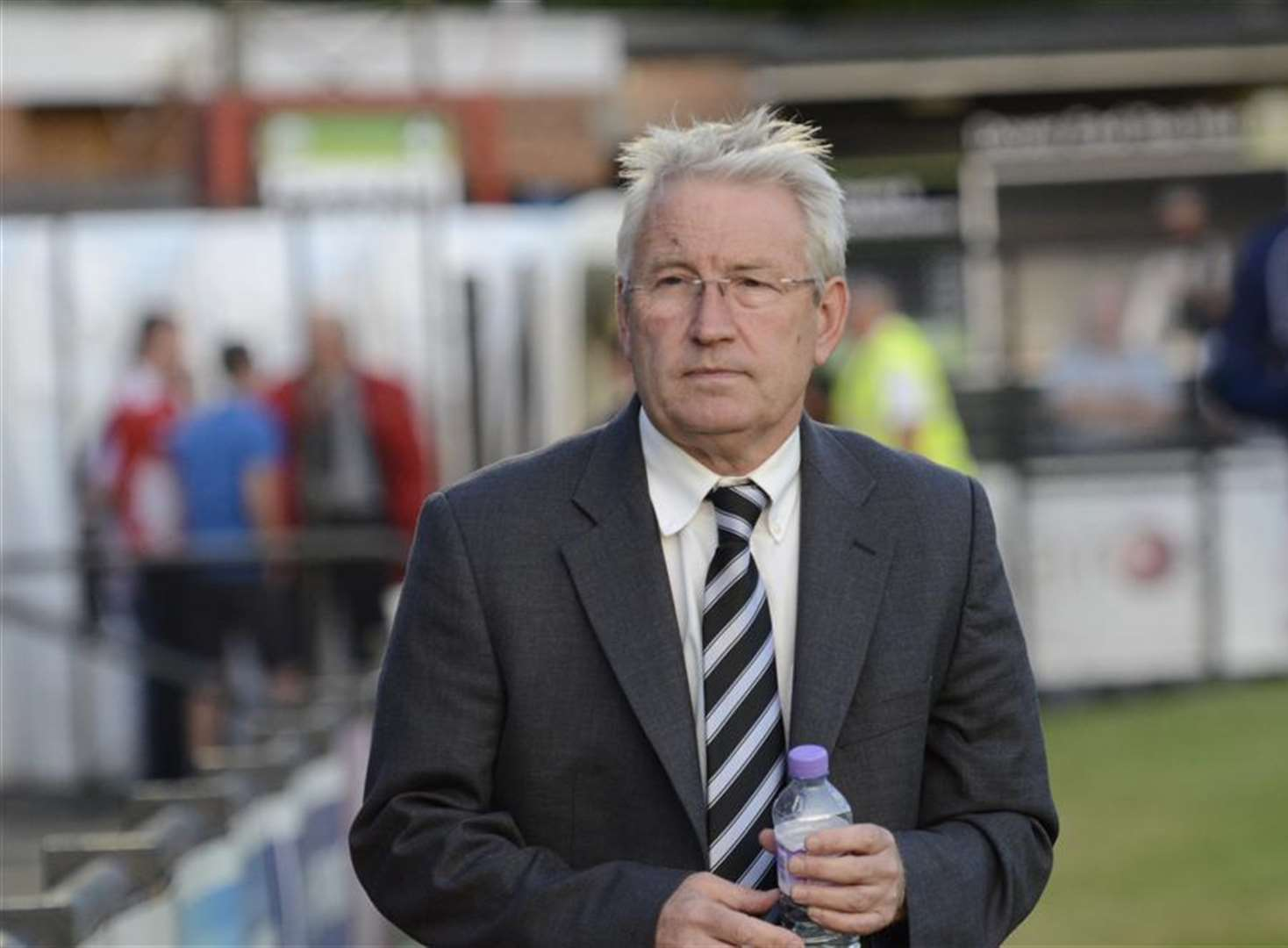 Kinnear admits heavy pitches can be a leveller