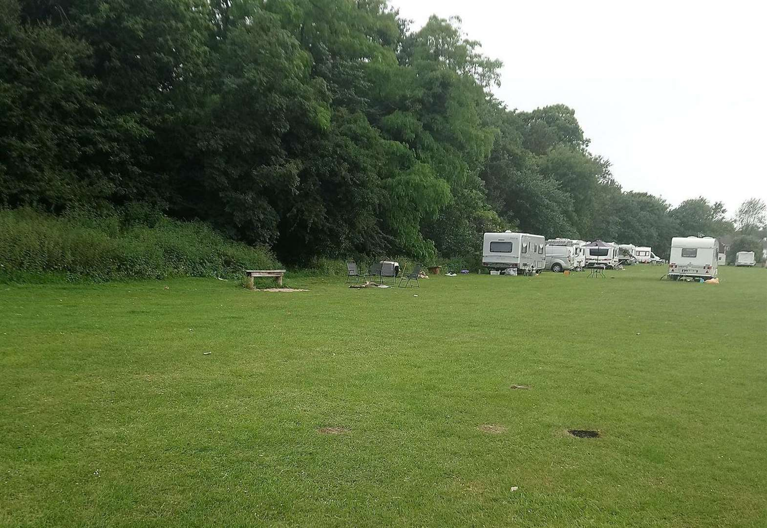 The threat of bailiffs leads to travellers departure
