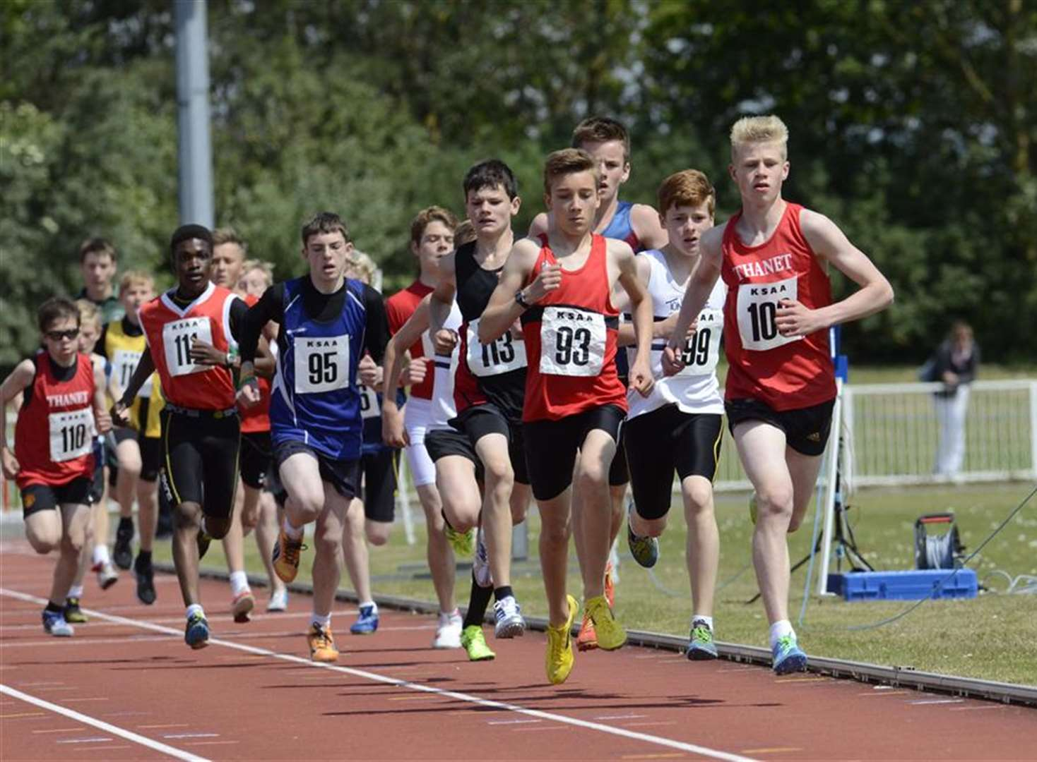 Records tumble at school championships