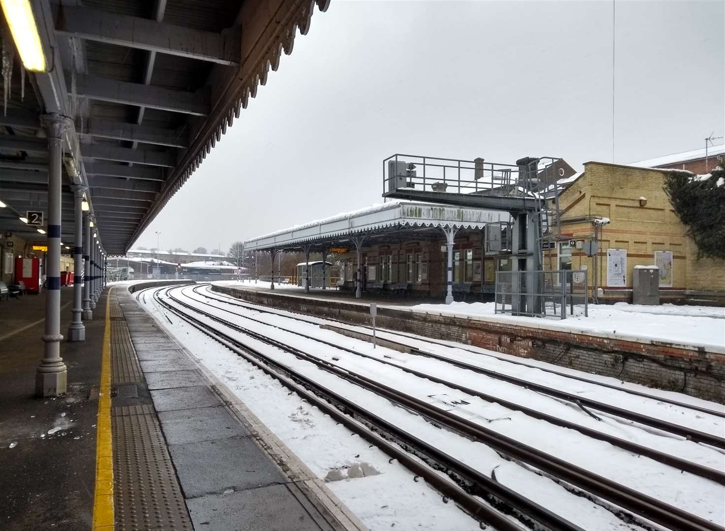 Boosted compensation for passengers stuck in snow