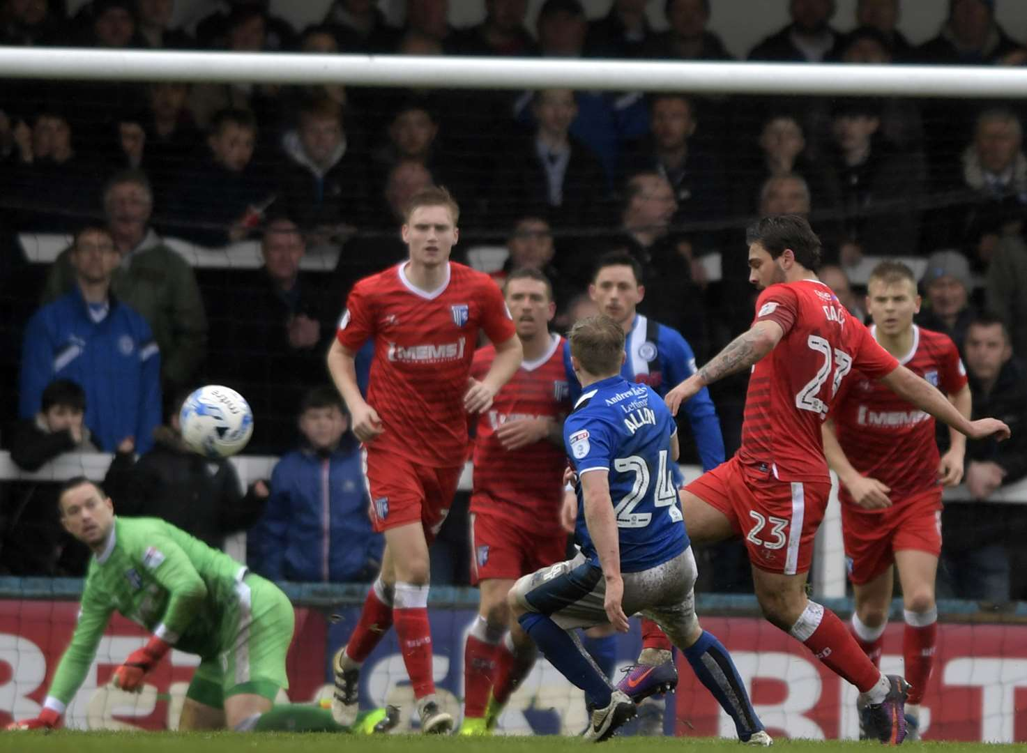 Gills drop deeper into trouble
