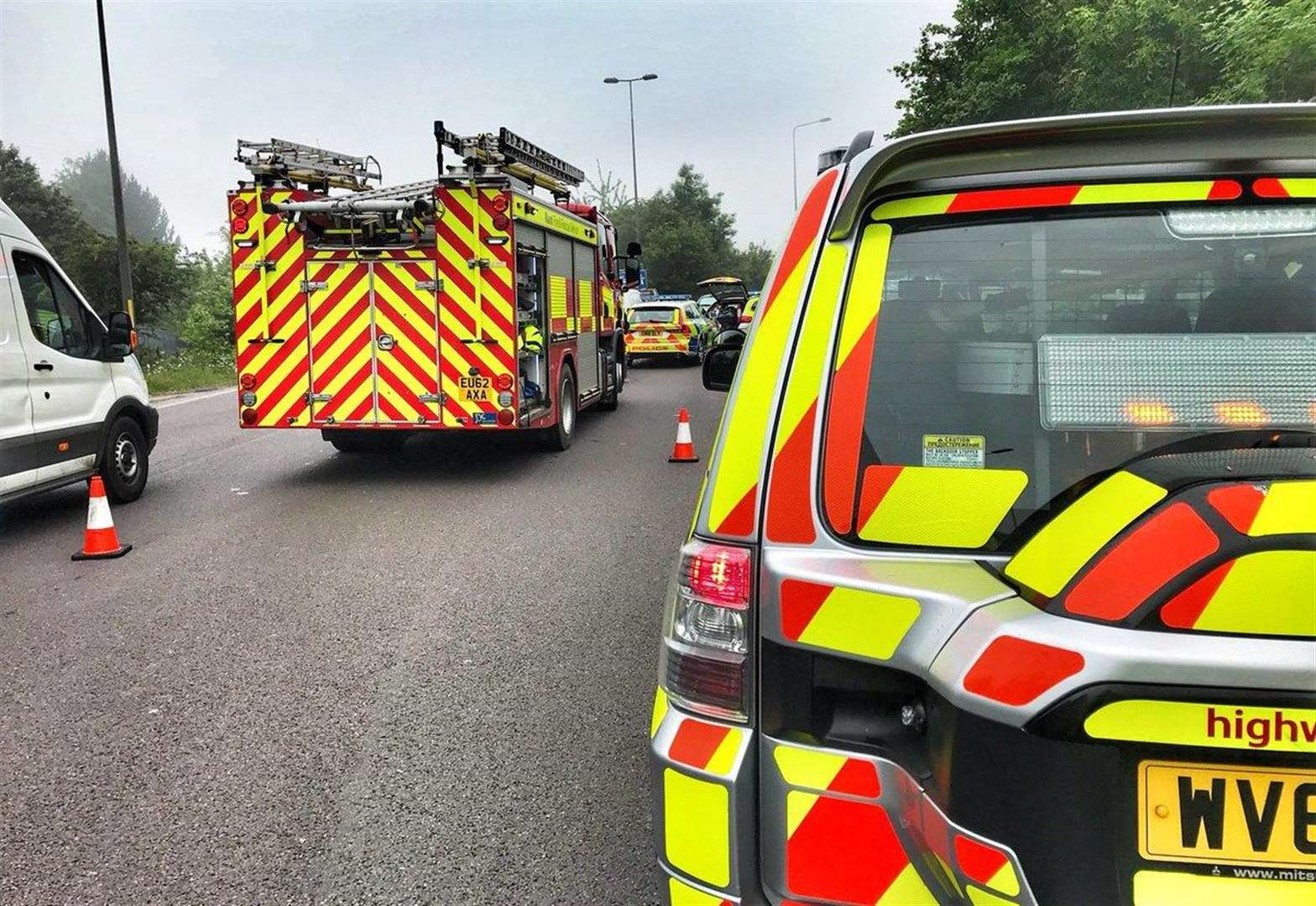 Emergency crews scramble to roundabout accident