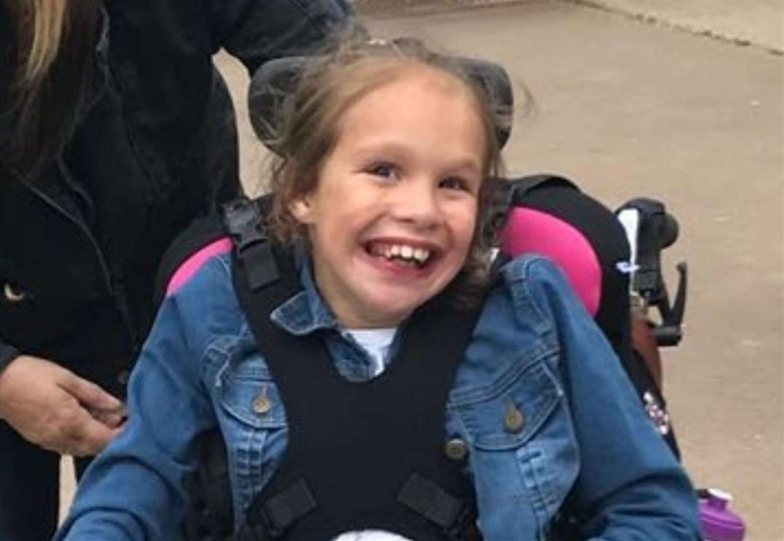 Mother seeks cannabis oil licence for daughter with rare condition
