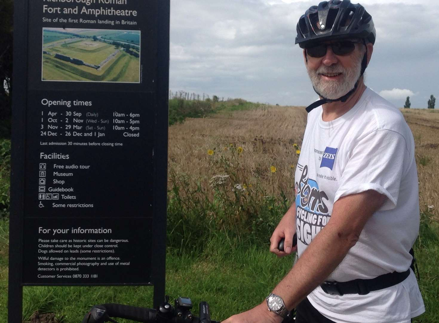 Tributes to heart attack cyclist