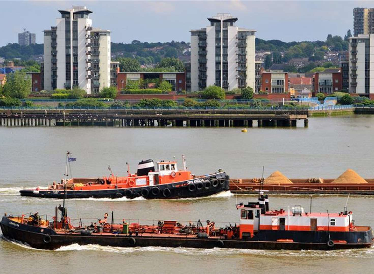 Tug firm's profits fall as shipyard collapses