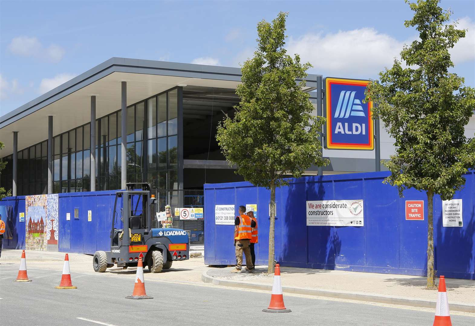 Forty jobs filled at new Aldi
