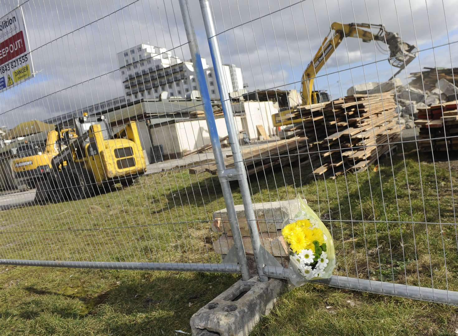 Tributes paid to former nightclub