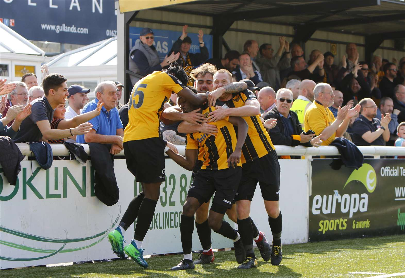 Gallery: Maidstone v AFC Fylde in pictures
