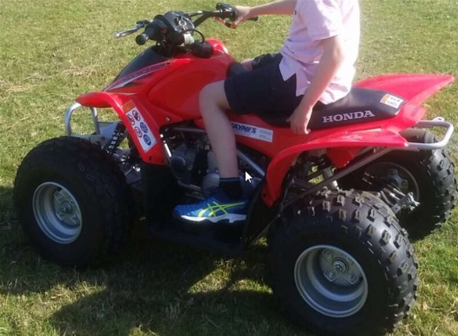Child's quad bike stolen as thieves drive across fields in 4x4