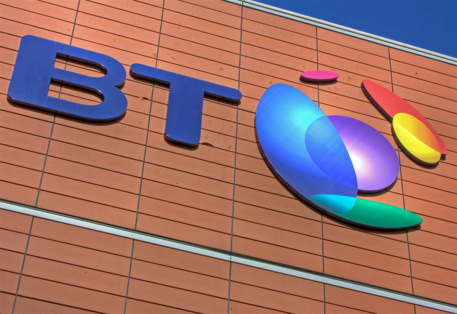 BT to scrap 13,000 jobs