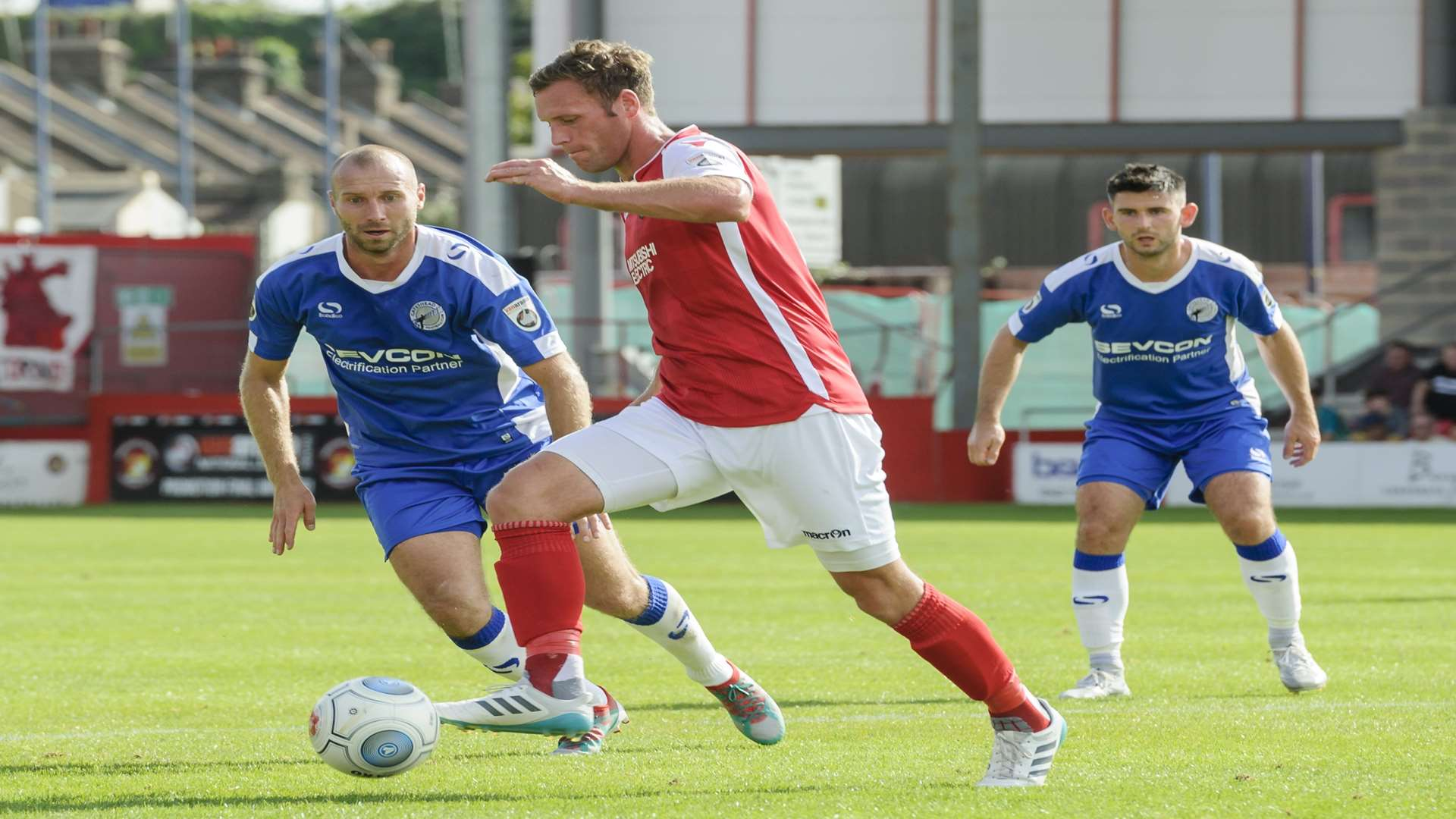 Andy Drury on the ball for Ebbsfleet against Gateshead Picture: Andy Payton