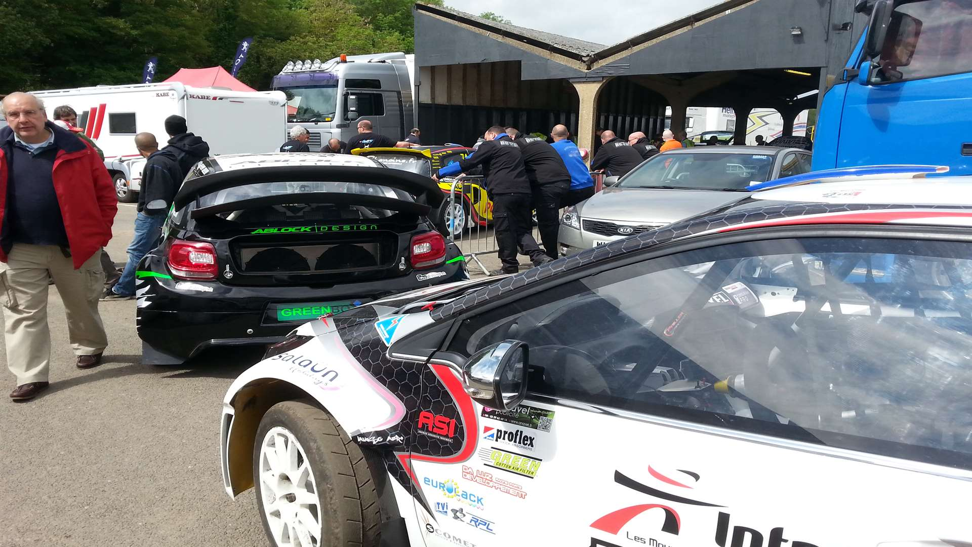 The scrutineering bay was a very busy place