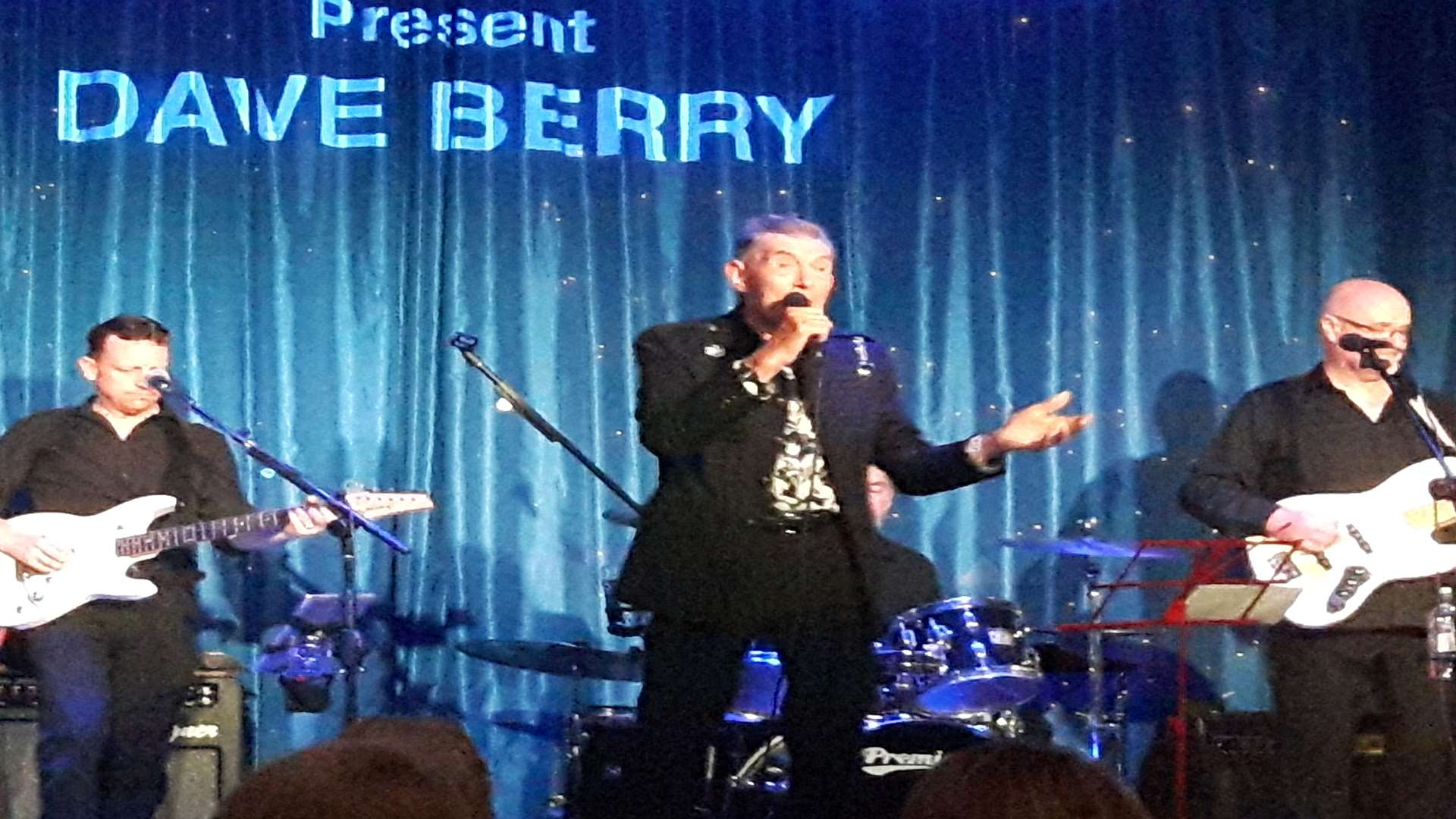 Dave Berry at the Criterion Theatre, Blue Town