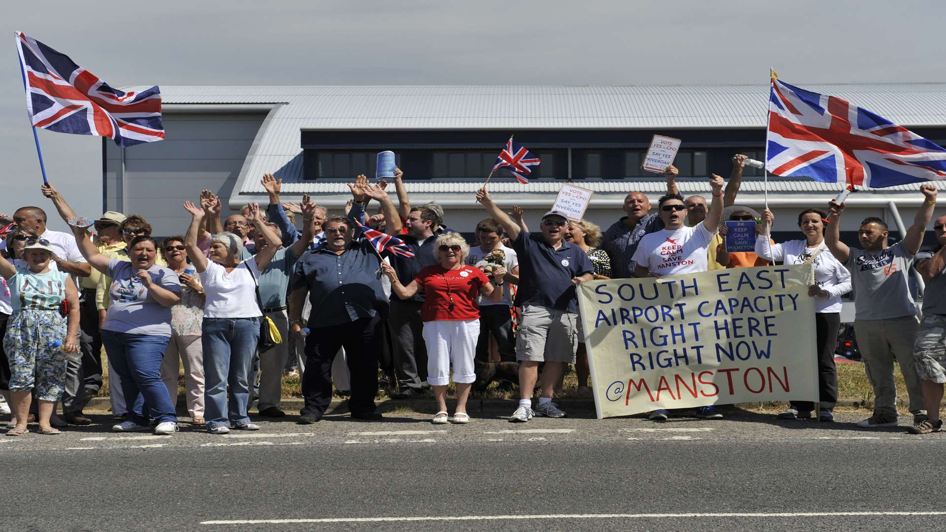 Many campaigners still want Manston to reopen as an airport