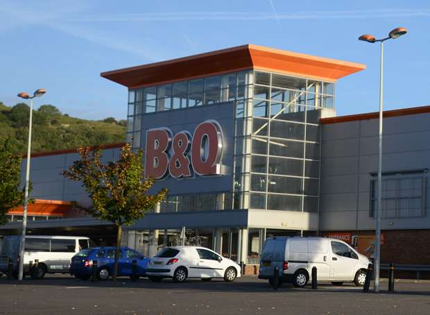 Bq in folkestone shuts for final time bq in the park farm industrial estate folkestone picture gary browne solutioingenieria Images
