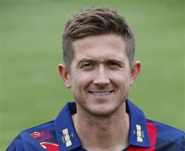 Joe Denly\'s special performance sees Kent to narrow T20 Blast win ...