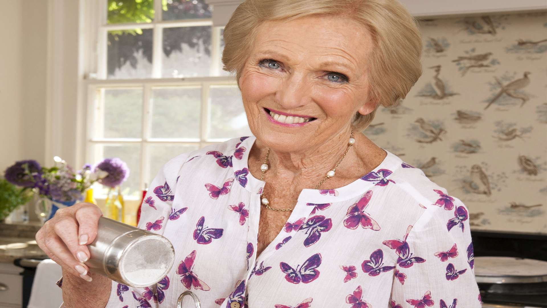 TV baker Mary Berry