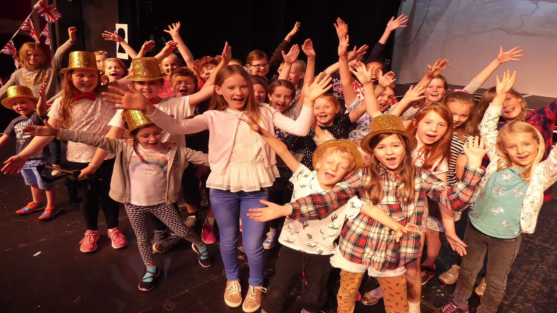 Be the Boss competition winner Molly Simmonds and the Hazlitt Youth Theatre cast of Roald Dahl's The Twits.