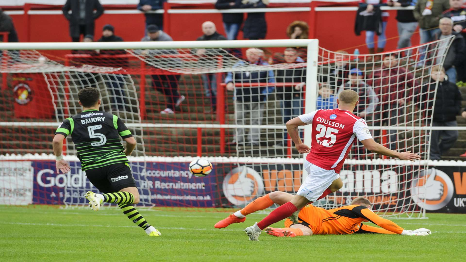 Luke Coulson makes it 2-0 to Ebbsfleet in the 37th minute Picture: Andy Payton