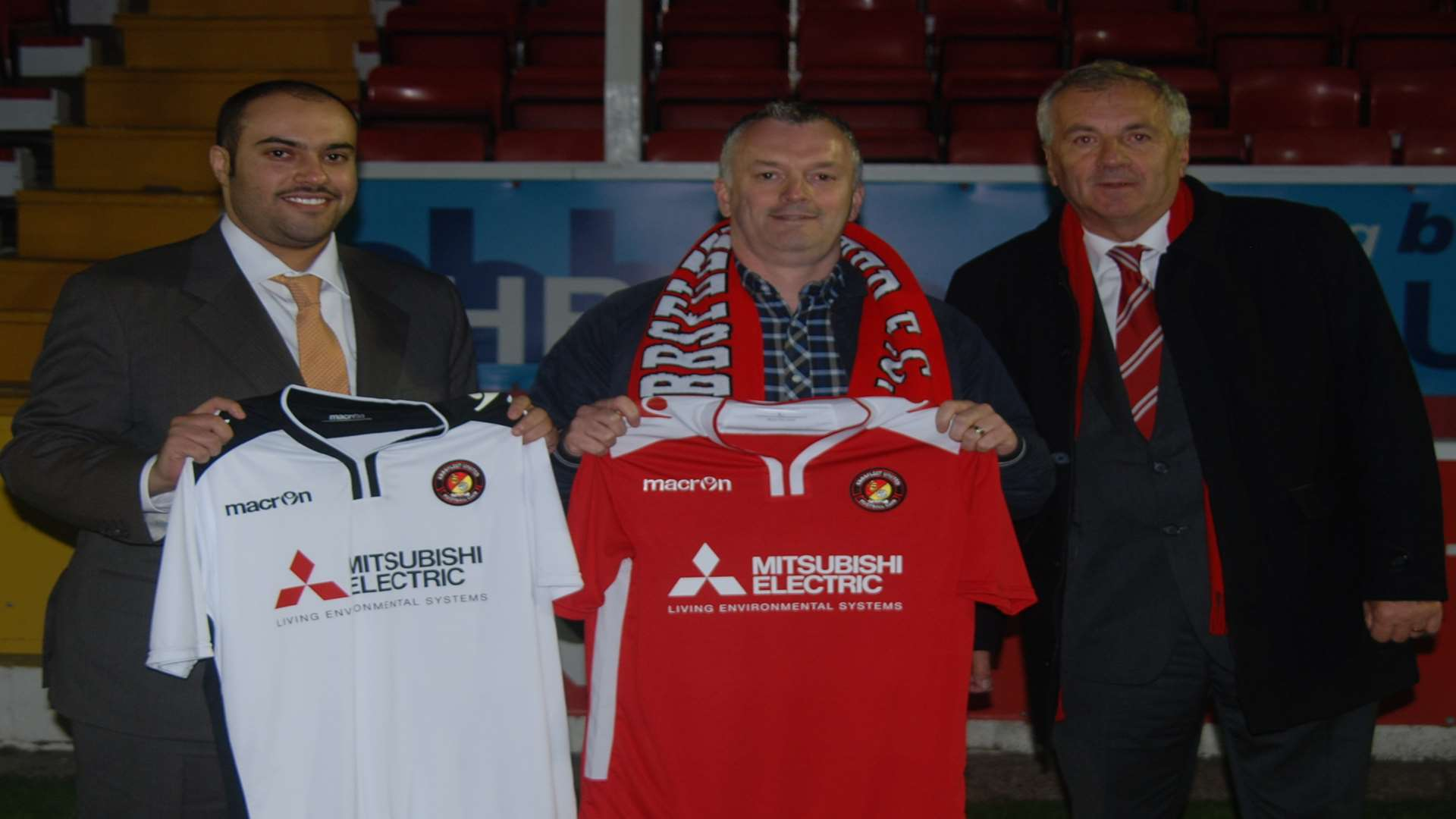 Ebbsfleet United chairman Dr Abdulla Al-Humaidi, Mitsubishi Electric's Steve Fleming and Fleet vice-chairman Peter Varney
