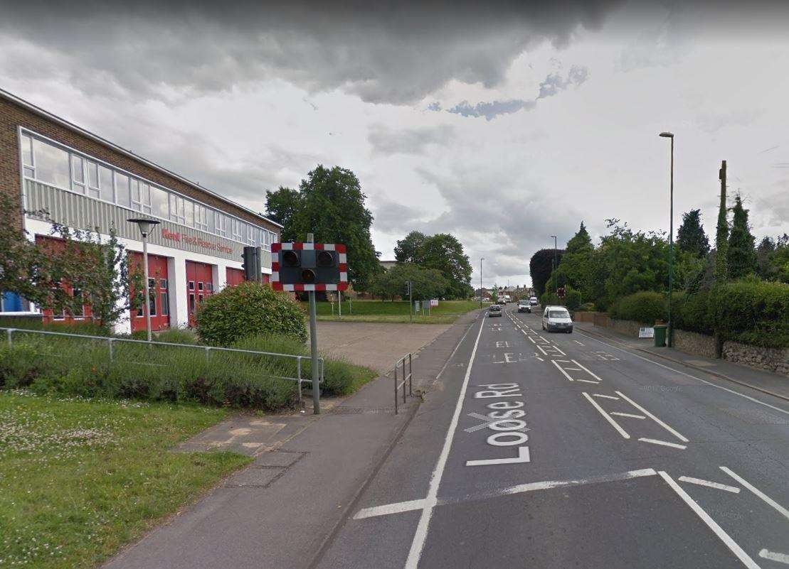 A crash involving a van and two cars has closed Loose Road in Maidstone (3045983)