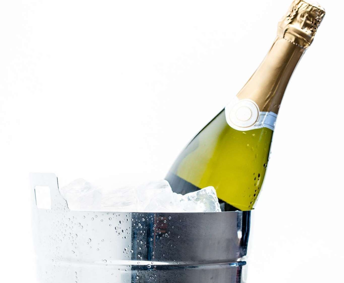 How to make sure your champers is chilling