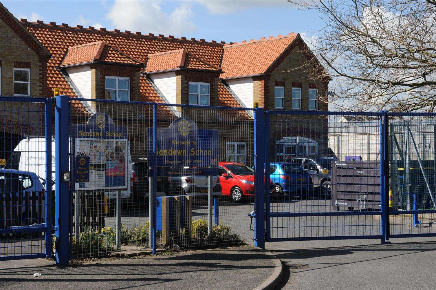 Sandown Primary is on the busy and often congested Golf Road in North Deal.