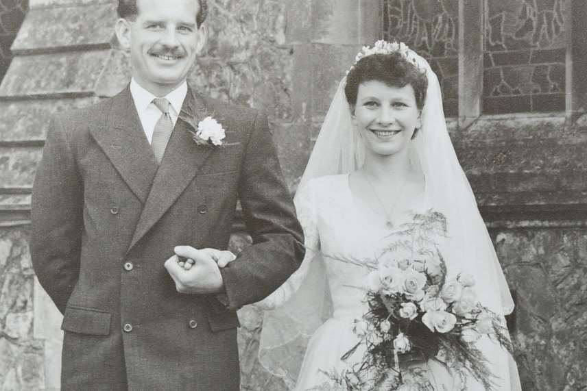 Frank Foster with wife Jean on their wedding day in 1952. Picture: SWNS.com