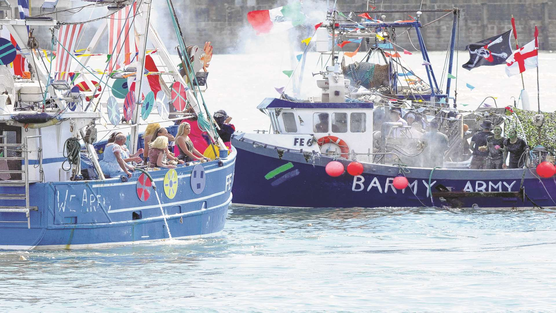 Last year's winning boat Barmy Army in action. Picture: Wayne McCabe/KM Group