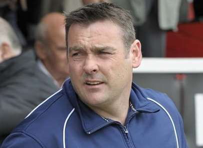 Ebbsfleet United manager Steve Brown Picture: Andy Payton