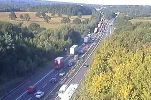 Delays on the M25 after a crash involving three lorries