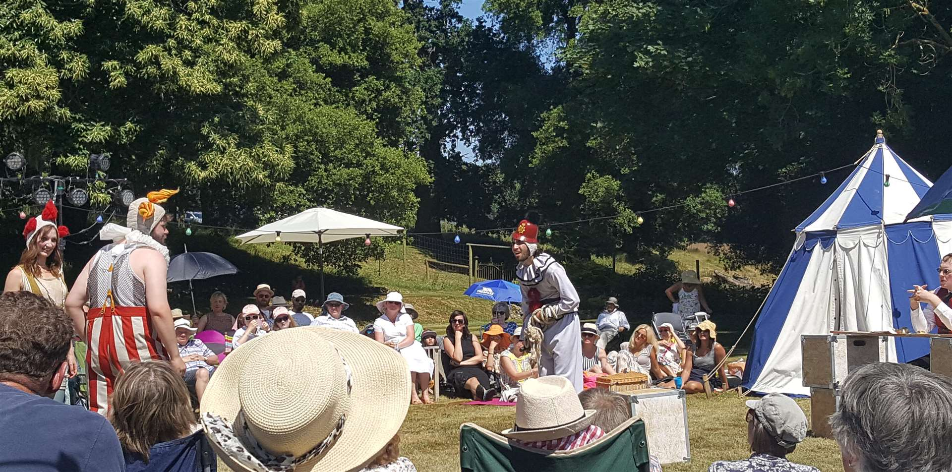Changeling Theatre 2018 tour at Boughton Monchelsea Place