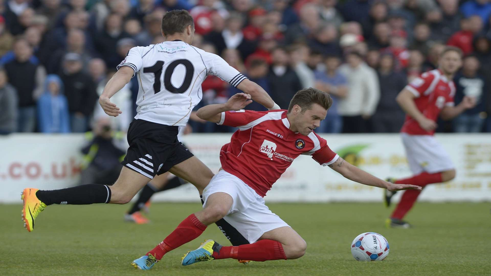 Daryl McMahon playing for Ebbsfleet against Dover in the 2014 Conference South play-off final Picture: Andy Payton
