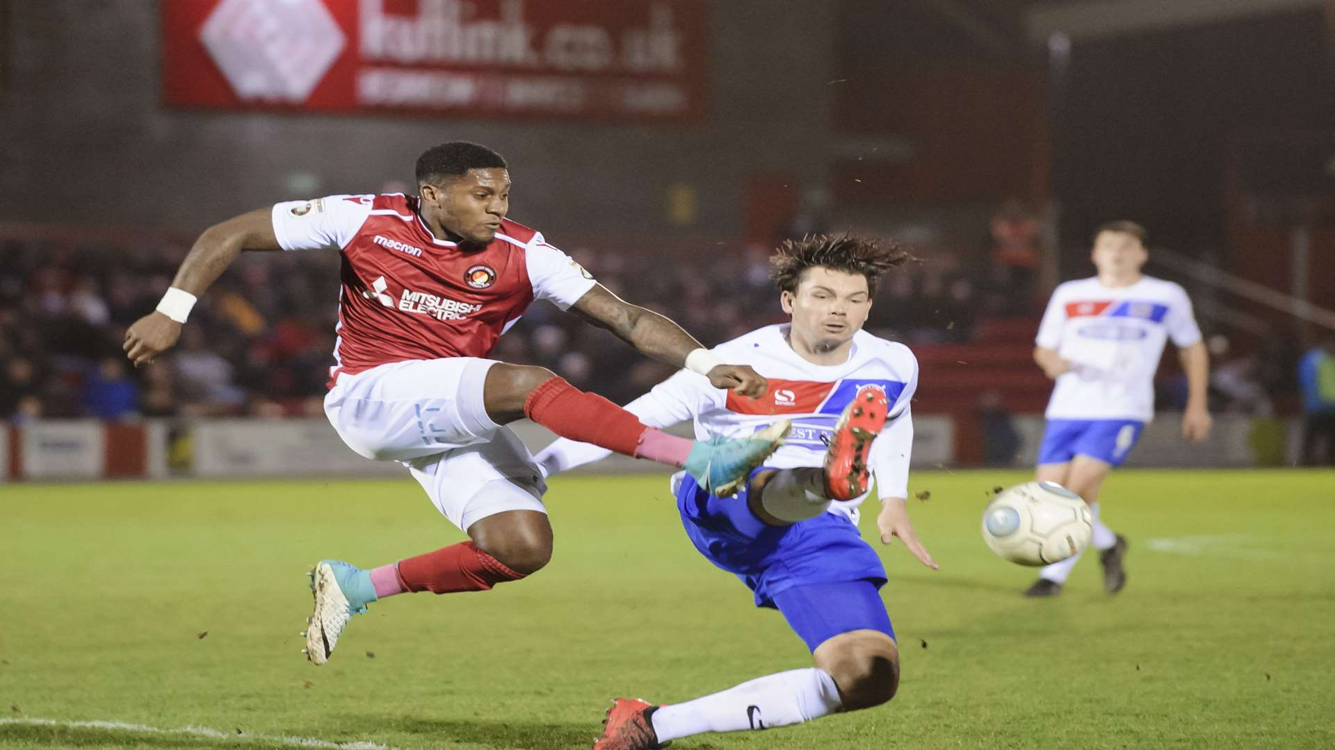 Bradley Bubb stretches for the ball against Dagenham Picture: Andy Payton
