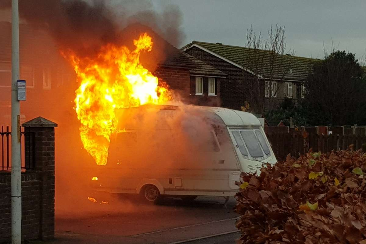 The caravan was on fire. Pic @thedalbyrooms