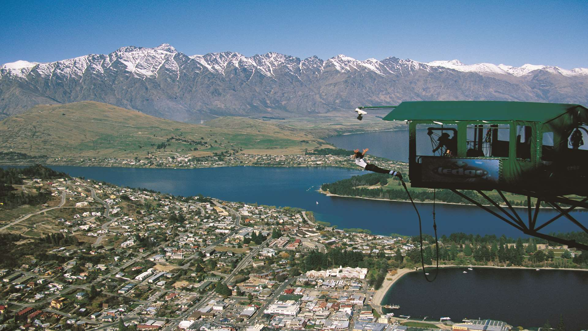 Lee busked in picturesque Queenstown. Picture: AJ Hackett Bungy Ltd