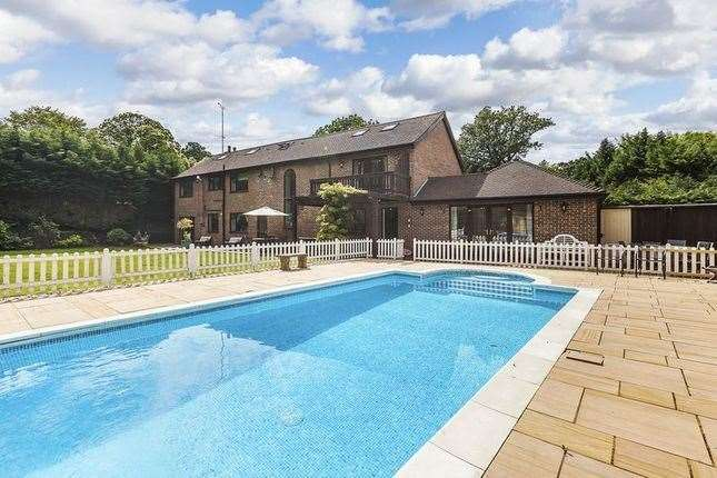 Six-bed house in Rowhill Road, Dartford. Picture: Zoopla / Harpers and Co