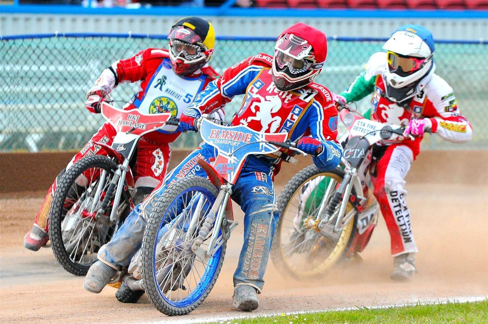 Kent Kings v Isle of Wight in the Knockout Cup. Kent's Luke Bowen (red helmet) and Danny Ayres (blue) lead the way