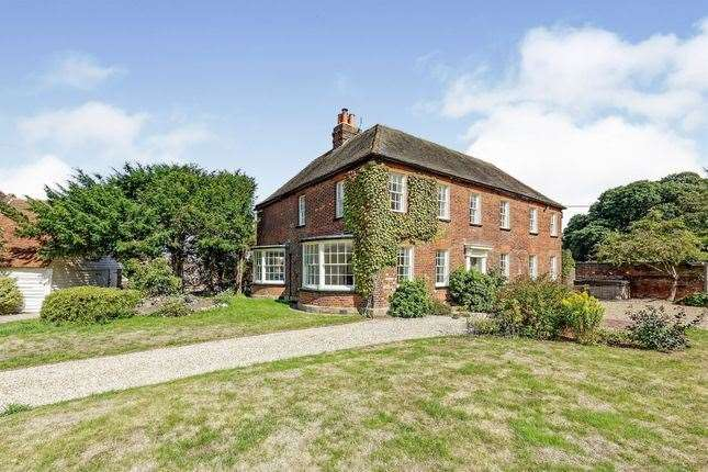 Six-bed house in Brent Hill, Faversham. Picture: Zoopla / Connells