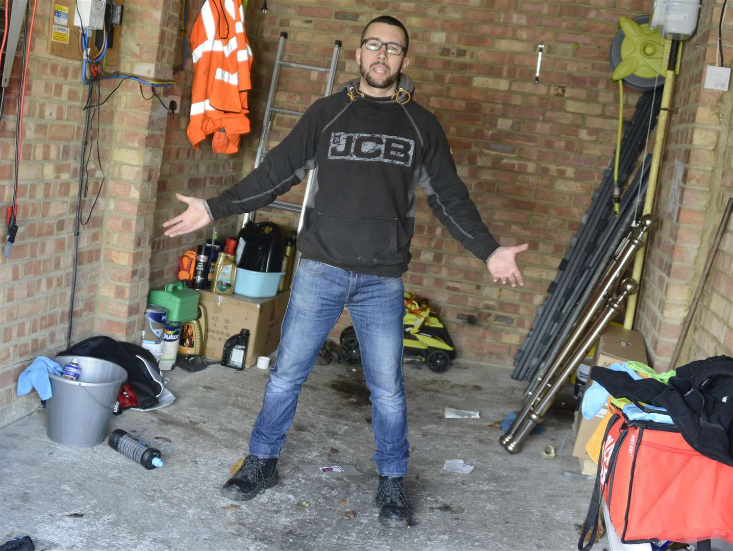 Motorcyclist Mauro Borges in the garage where the bikes were stolen