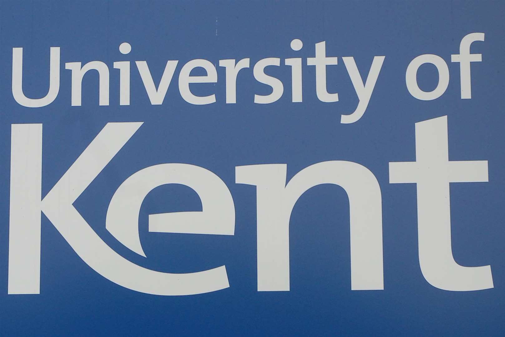 Canterbury . University of Kent signs. picture by Barry Duffield (3102161)
