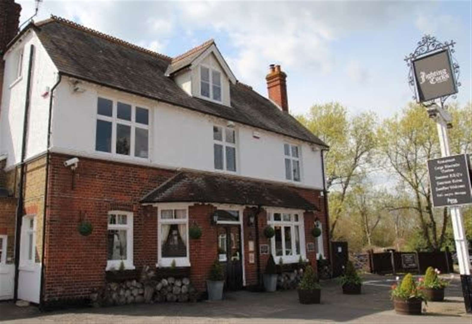 Pub welcomes new owners