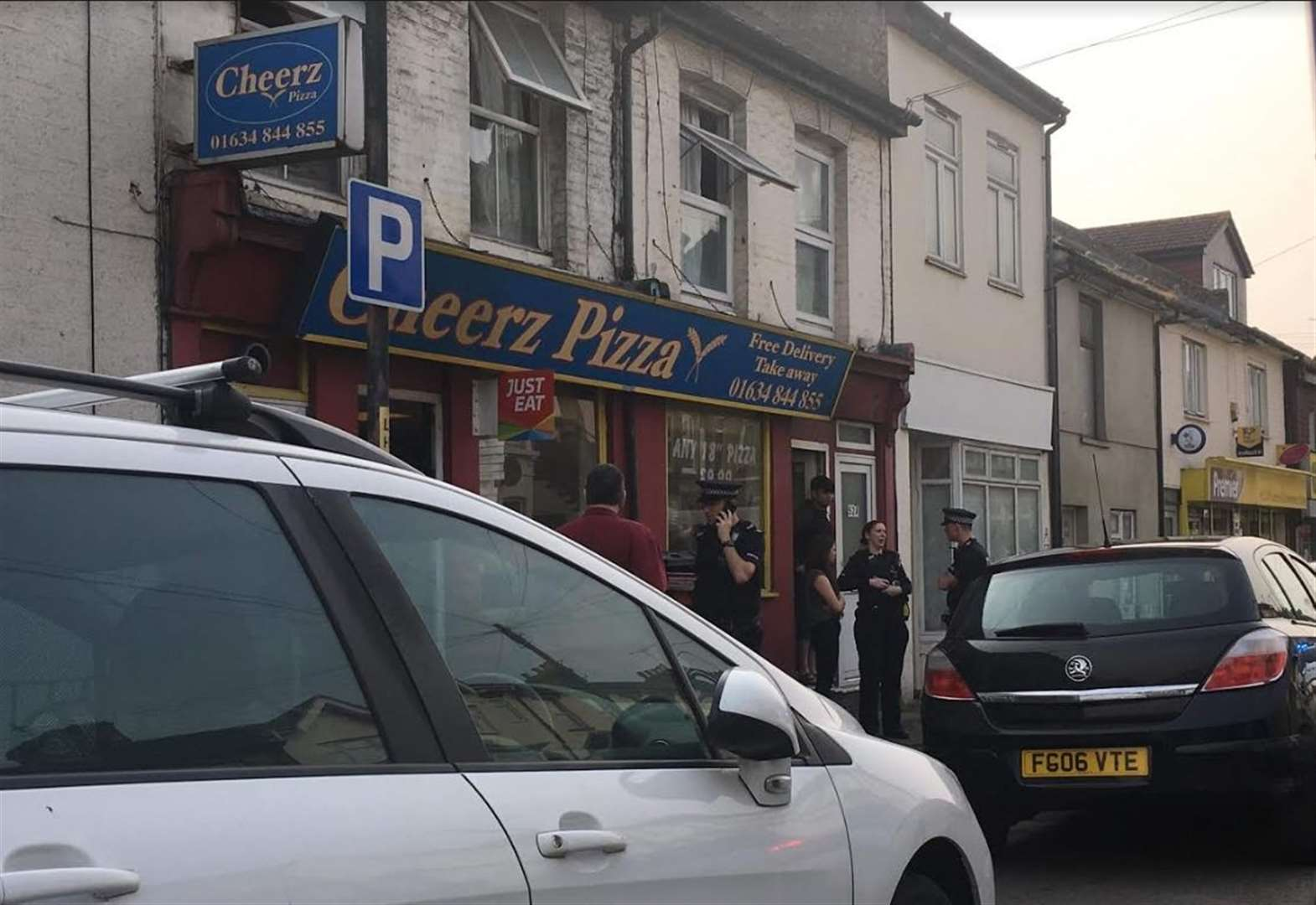 Woman Found With Stab Wounds In Luton Road Chatham